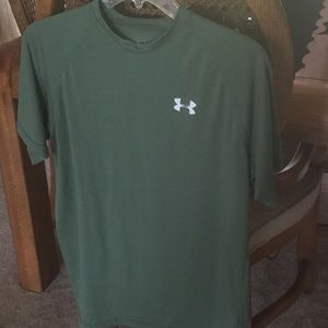 Under Amour heat gear men's shirt